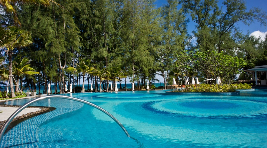 Holiday Inn Resort Phuket Mai Khao Beach 1