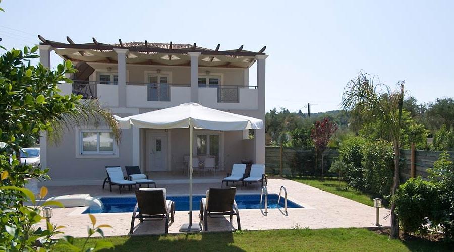 Mamfredas Resort, Tsilivi 1