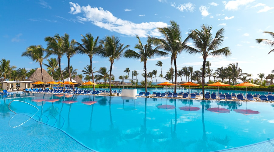 Hard Rock Hotel & Casino Punta Cana - Bahia Principe Luxury Cayo Levantado 1 - Punta Cana