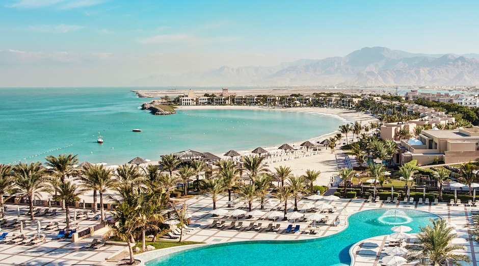 Hilton Ras Al Khaimah Resort & Spa - Rixos The Palm Dubai Hotel and Suites 1 - Ras al Khaimah