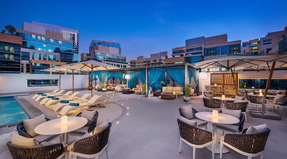 DoubleTree by Hilton Dubai Business Bay 1